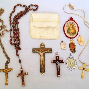 11 Pieces Vintage Religious Jewelry Lot